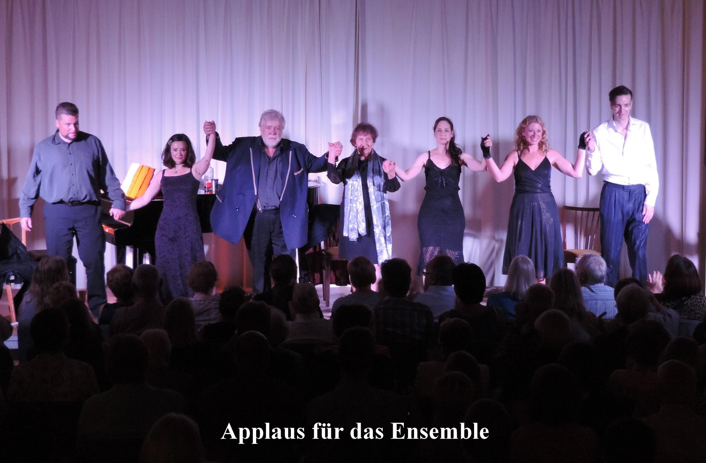 Applaus für das Ensemble